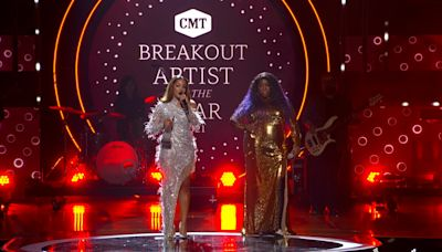 Mickey Guyton/Yola Duet Steals Show at 'CMT Artists of the Year'; Kane Brown Offers Emotional Randy Travis Salute