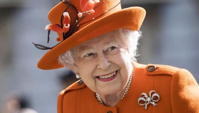 Isabel II rechaza el premio 'Anciana del Año' porque no se siente vieja