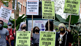 Amazon warehouse workers in New York City file for union election