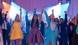 The Prom Movie Trailer Brings Broadway Musical To Netflix With All-Star Cast