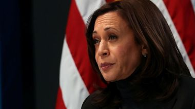 Vice President Harris urges Black Americans: 'Let's not let COVID get us'
