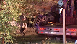 Man steals big rig, then bails before it crashes into home and kills one, Texas cops say