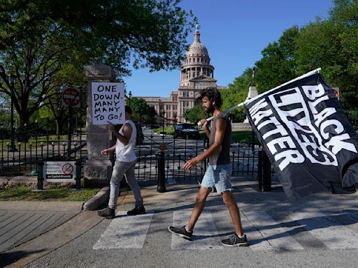 Texas officials back pardoning Floyd for 2004 drug arrest