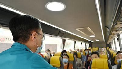 政府試行定時專車接載長者往來屋邨及社區疫苗接種中心 - RTHK