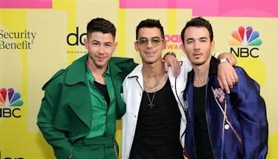 Inspired By Taylor, Joe Wants The JoBros To Re-Record Their First Album