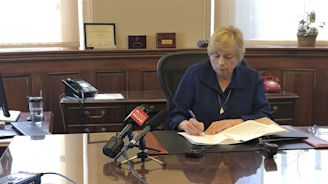 Maine Just Became the 8th State to Legalize Assisted Suicide