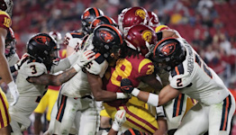 USC fans can't even boo as Trojans sink to new low with home loss to Oregon State