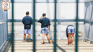 在囚人士下月初起可自願接種