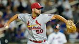 Wainwright wins 5th straight as Cards deck Mets 7-0