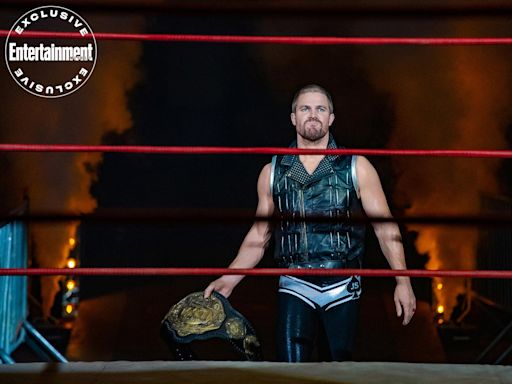 Stephen Amell and Alexander Ludwig step into the ring and preview wrestling drama Heels