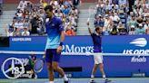 Analysis: Djokovic 'still hanging on,' seeking major titles
