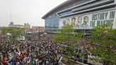 Milwaukee Bucks fans celebrated the NBA championship outside. 500 still got covid, officials say.