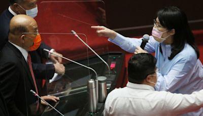 蘇貞昌「不要臉」風波替3Q擋槍?TPOC揭數據:國民黨賠了夫人又折兵