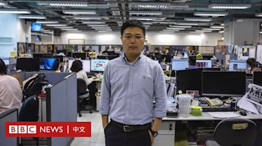 香港警方引國安法搜查蘋果日報,總編輯等五人被拘捕