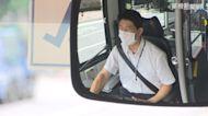 公車門夾住後背包 婦遭拖行手腳撕裂傷