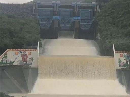 全台8水庫放水中 曾文水庫睽違2年洩洪