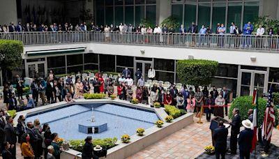 美墨高官會晤談邊境問題 美外長警告:海地難民不會成功抵美-國際在線