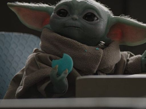 'The Mandalorian' Reveals Baby Yoda's Name, Rosario Dawson Debuts as Ahsoka