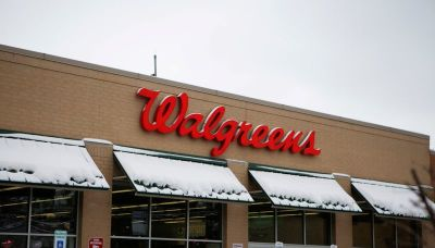 Walgreens Boots heaps bonuses, rewards for pharmacists amid labor shortage