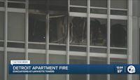 Crews battle fire at Detroit apartment building