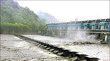 日月潭滿水位 集集攔河堰 洩洪