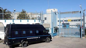 Coronavirus a Milano, gli avvocati chiedono meno carcerati per gestire l'emergenza sanitaria