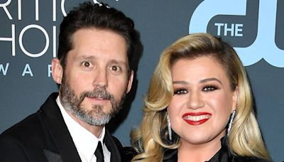 Kelly Clarkson to Pay Ex Brandon Blackstock Almost $200,000 a Month in Spousal and Child Support