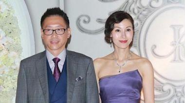 李嘉欣不愧第一美女,紫色抹胸裙高雅貴氣,身旁許晉亨西裝挺時髦