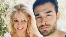 Britney Spears 'couldn't stay away from the gram,' posts pics from weekend getaway to celebrate engagement