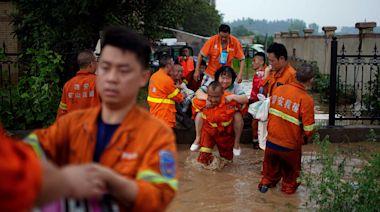 傳遞救命信息:中國民間志願力量穿透的暴雨與穿不透的壁壘|端傳媒 Initium Media