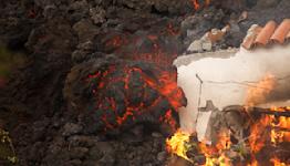 Spain's new volcano attracts visitors, destroys banana crops