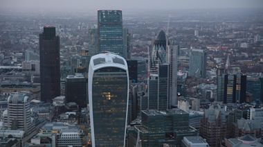 Tier 2: City of London says clarity on when office workers can return needed