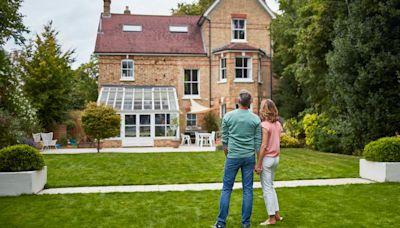 Should seniors get reverse mortgages?