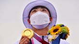 Olympics-Archery-South Korea's An shrugs off hairstyle critics to win third gold