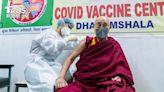 公開接種新冠疫苗! 達賴喇嘛籲民眾:鼓起勇氣施打