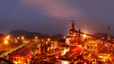 燁聯大火越燒越旺?大連鐵礦石飆漲10%創新高 鋼鐵股全面噴出13檔漲停