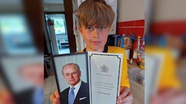 暖心男童寄卡慰問 女王親自回覆答謝