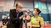 新冠疫苗 港鐵參與外展接種服務 今明約720名職員及家屬打針 (更新) - 新聞 - am730