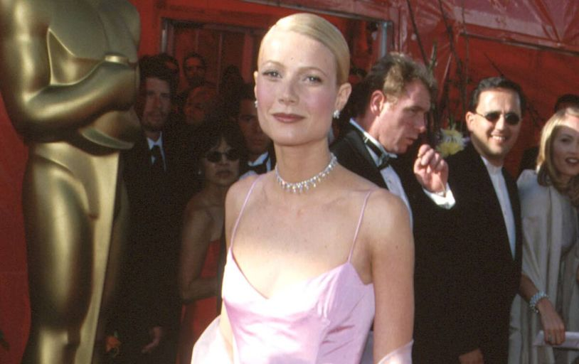 "Watch Gwyneth Paltrow React to Glenn Close Saying Her Oscar Win Didn't ""Make Sense"""