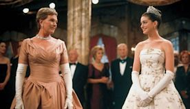 The Princess Diaries: 10 Royal Lessons Only Julie Andrews Could Teach Us