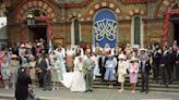 Rodeados de 'royals' y con imágenes irrepetibles: recordamos las bodas de los hermanos de Philippos de Grecia
