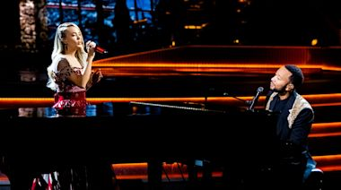 Watch Carrie Underwood and John Legend sing 'Hallelujah' in My Gift Christmas special clip