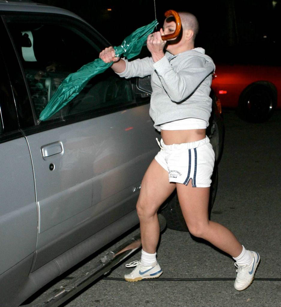 Britney Spears 2007 Umbrella On february 19 britney spears