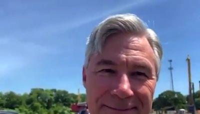 Democratic senator accused of 'hypocrisy' for refusing to leave 'racist' private beach club