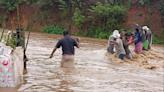印度洪災26死!「母子相擁」埋廢墟亡 鼻酸畫面曝