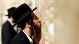 Jewish worshippers urged not to kiss Western Wall due to coronavirus fears