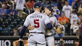 Wainwright, backed by pair of HRs, wins 175th