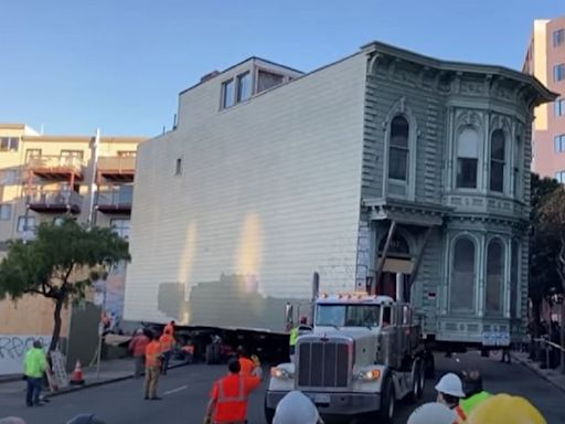 139-Year-Old Home Moved 7 City Blocks in San Francisco