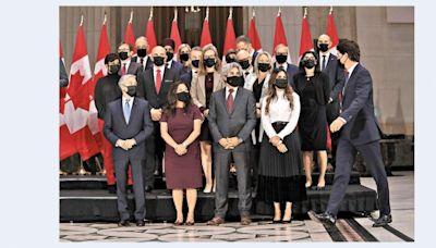 杜魯多新班子就職 女閣員佔半