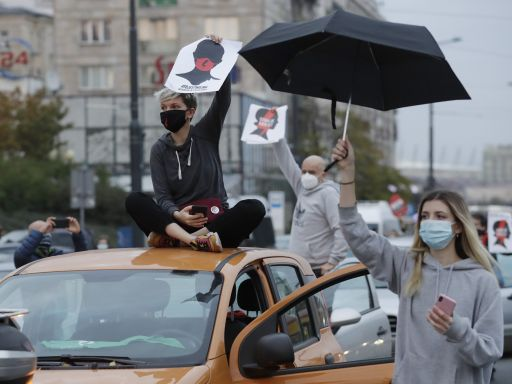 Angry women block traffic across Poland over abortion ban